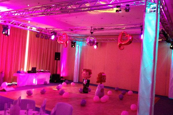 Hochzeits DJ in Dessau mit Beleuchtung und Dekoration